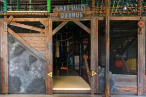 Yukonvalley Goumijn Speelkooi