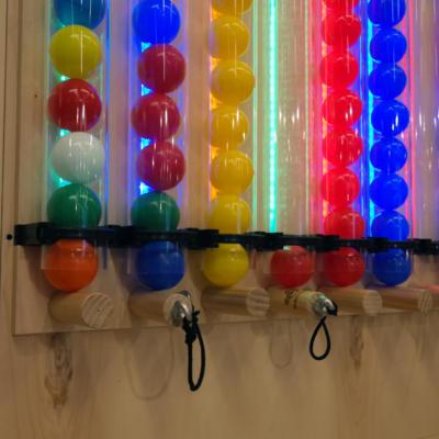Ball Wall02