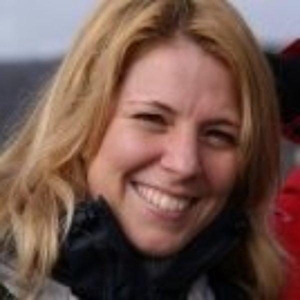 Lonneke Van Elburg