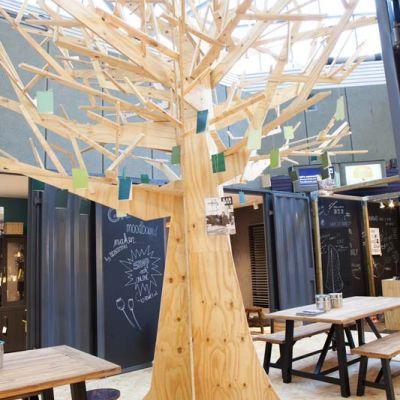 Wij maken ballenenzo - Een houten boom maken ...